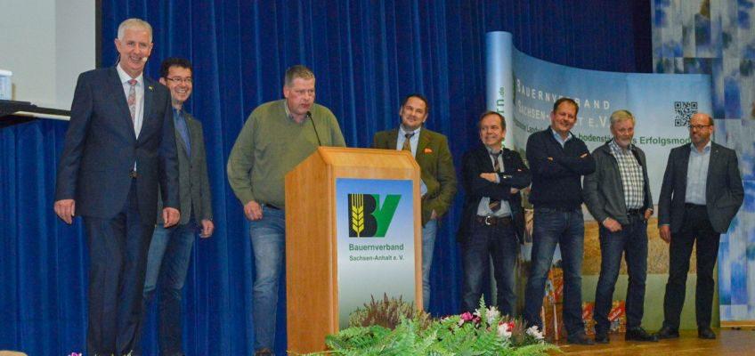 Land-schafft-Verbindung: Olaf Feuerborn, Christian Schmidt (siedenlangenbeck), Helge Beckurs (Hordorf), Jan-Friedrich Rohlfing (Liederstädt), Lutz Trautmann (Hedersleben), Jörg Weidemann (Silstedt), Burkhard Meier (Westeregeln) und Klaus Horstmann (Angern).
